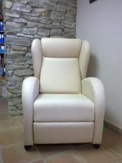 Sillón de Relax   Reposapiés   Color a elegir   Combínalo con los muebles de tu salón   Todo el mobiliario en Diresa Device