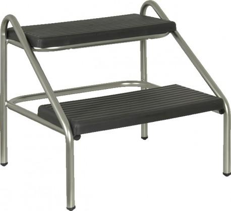 Peldaño doble para subir a camilla | Estructura de acero | Todo el mobiliario clínico, en Diresa Device - FedBuy
